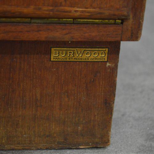 Meuble années 40 Burwood Classeur à clapets. BURWOOD. Années 1940 . Acajou et pl…