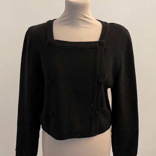 RODIER  Gilet en laine et acrylique noir.  T. 42  Largeur aux épaules 40, longeu…