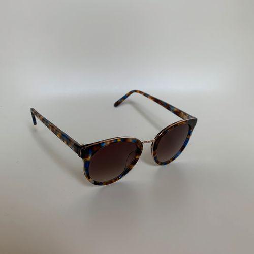 ** JIMMY FAIRLY  Deux paires de lunettes de soleil.