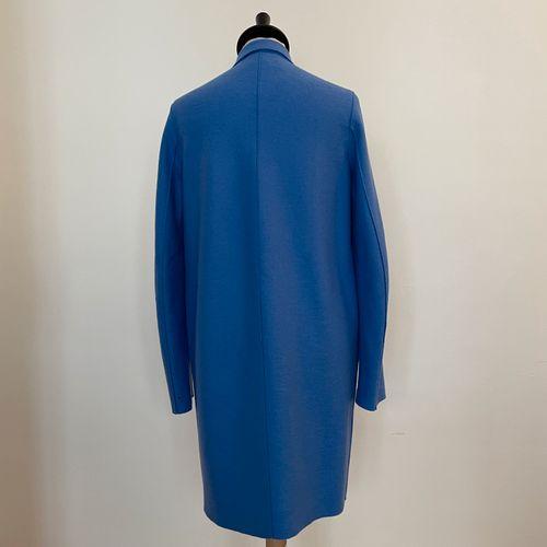 HARRIS WHARF LONDON  Manteau en laine bleue.  T. 38 IT  Largeur aux épaules 37 c…