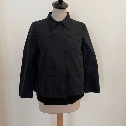 MIU MIU  Ensemble comprenant veste en satin bleu marine et top à volant en laine…