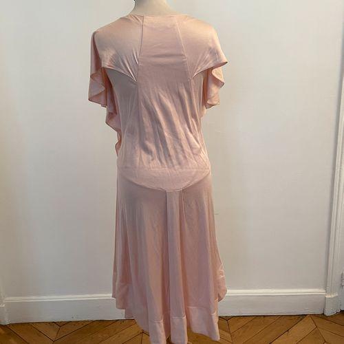 SONIA RYKIEL  Robe ample et souple en coton rose pâle.  T. 36/38 environ  Accroc…