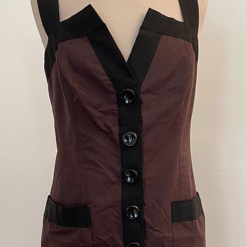 YVES SAINT LAURENT rive gauche  Robe à bretelles en coton marron et noir.  T. 42…