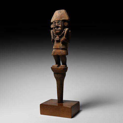 Sceptre précolombien Chimu avec figure debout. 13e 14e siècle de notre ère. Bâto…