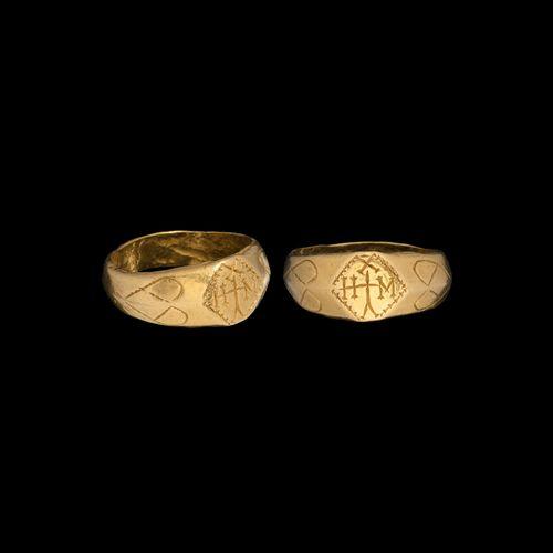 Bague byzantine en or pour Michel. XVe siècle de notre ère. Un anneau en or avec…