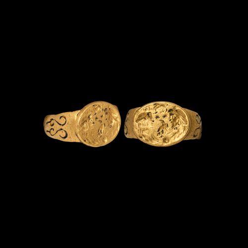 Bague romaine en or avec Isis et Sérapis. 1er siècle de notre ère. Importante ba…