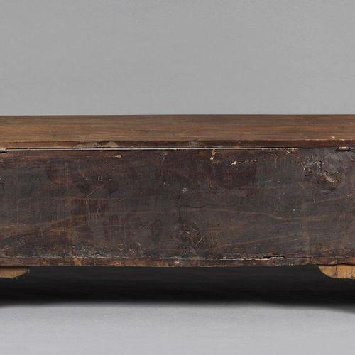 VENETO, 17th CENTURY VENETO, 17th CENTURY Walnut wood chest. VENETO, 17th CENTUR…