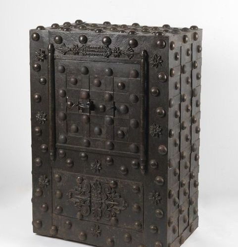 MANIFATTURA DEL XIX SECOLO Travel safe in wood and metal decorated with floral m…
