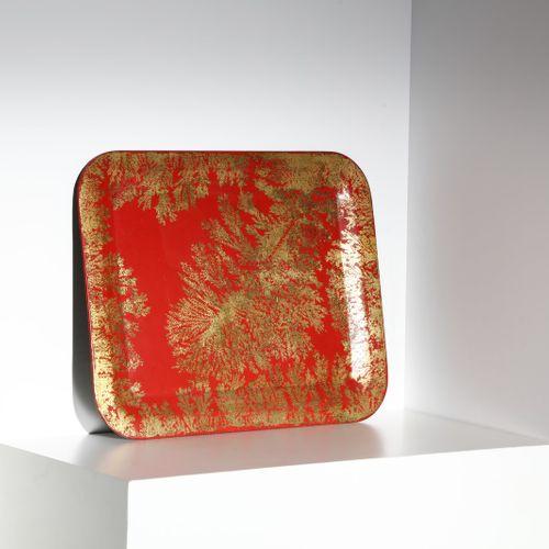 FORNASETTI Piero (1913 1988) PIERO托盘。漆面木材。Cm 46.50 x 58.00。工厂标签,1950年代。
