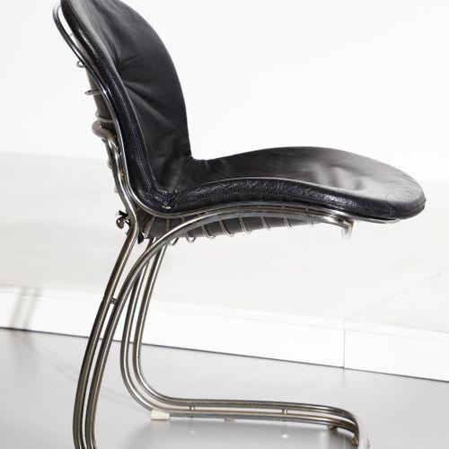 RINALDI GASTONE (1920 2006) GASTONE Six chaises Sabrina pour Rima. Métal chromé …