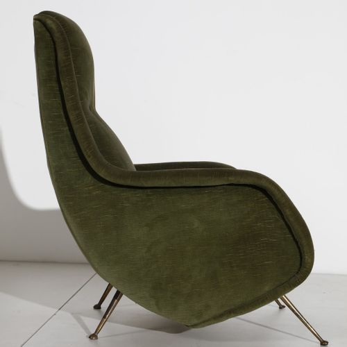 MORBELLI ALDO (1903 1963) ALDO 用于ISA的一对扶手椅。黄铜和软垫丝绒。.Cm 70.00 x 88.00 x 74.00. 19…