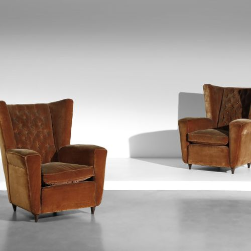 BUFFA PAOLO (1903 1970) PAOLO归属。一对扶手椅。木头和有衬垫的天鹅绒。Cm 86.00 x 102.00 x 85.00. 1950…