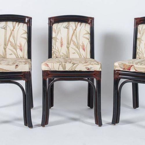 TELEMACO, attr.六把竹制椅子,用皮革装订,用织物覆盖。由意大利Gasparucci Italo公司制造,约1980年。Cm 82x44x46。