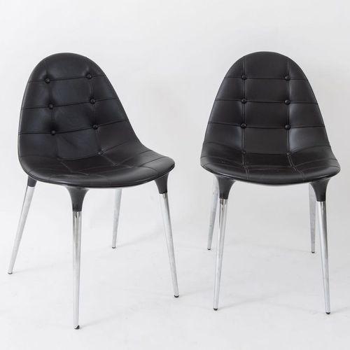 PHILIPPE STARCK一对小扶手椅,镀铬钢,抛光尼龙和皮革装饰,型号245 Caprice。由意大利Cassina公司制造,2007年。每个82x49x…