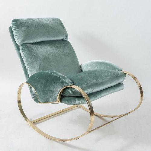 GUIDO FALESCHINI, attr.金属摇椅,用织物覆盖。意大利制造,约1970年。Cm 70x100x92。