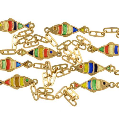 Longue chaîne en or avec maillons en forme de poisson et émail cellulaire dans l…