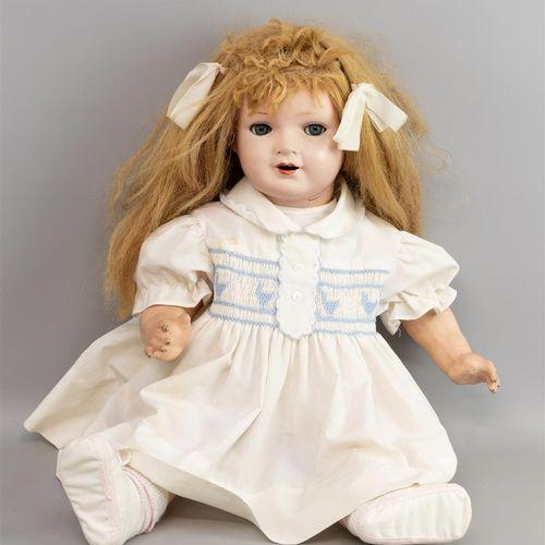 Une poupée de fille, Simon & Halbig, années 1920, Keramische Werke, modèle 144, …