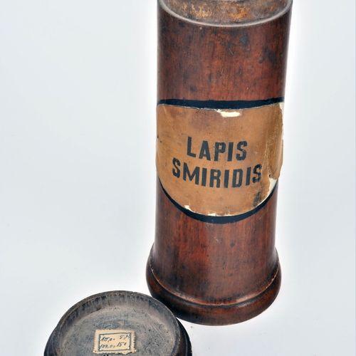 Set of pharmacy vessels, 19th century, 3 pieces Ensemble de récipients de pharma…