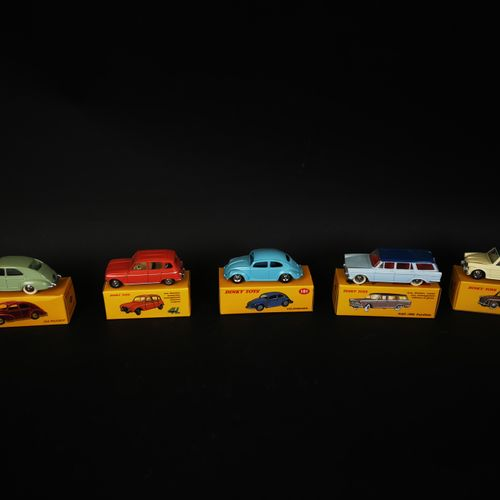 DINKI TOYS lot of 5 cars (PEUGEOT 203, REUNAULT 4L, FIAT 1800...) made in china …