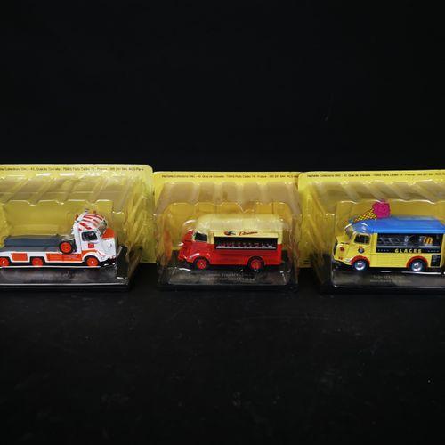 中国制造的HACHETTE系列的3辆卡车(CITROEN)。