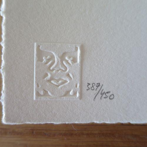 Shepard FAIREY Shepard FAIREY (Obey)  锤子和拳头, 2019年  凸版印刷   乳白色棉纸上   签名:Shepard F…