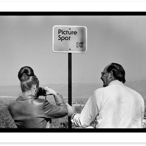 Raymond Depardon Raymond Depardon   洛杉矶     海报印在150克的高质量纸上。   100份无签名版   45.7 x …