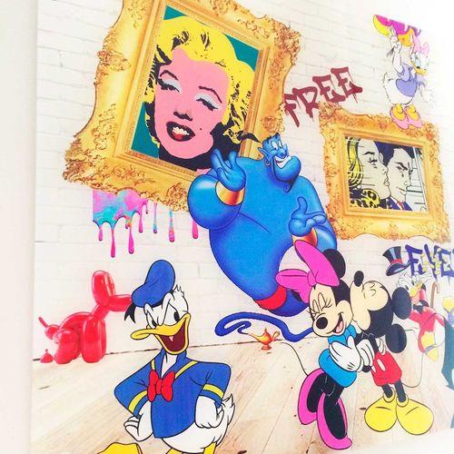 SAM 珊珊   家庭画像,2020年   有机玻璃下的数字印刷   签名   版本8份   40x60x3cm    出售后,由于健康危机,不再可能向巴黎、第…