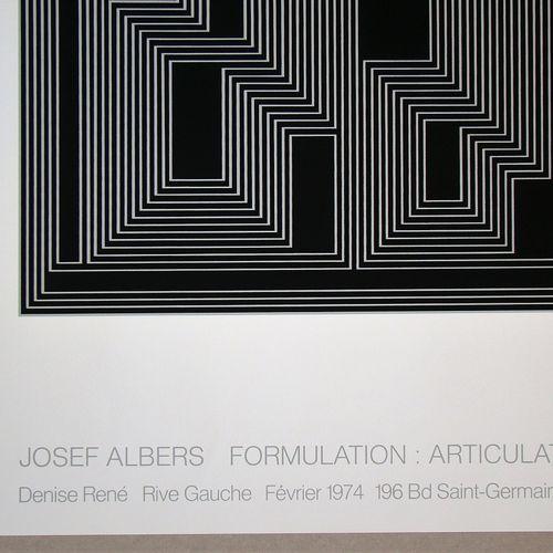 Josef ALBERS Josef Albers ( 1888 1976 )  拟订:衔接,1974  原创双色绢印画(结构星座)。  纸板上,无签名。  1…