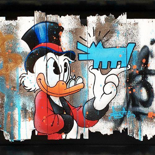 PEGAZ Pegaz  Pop Scrooge, 2021     Technique mixte sur palettes de bois   Signée…