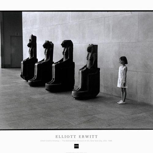ELLIOTT ERWITT Elliott Erwitt  The Metropolitan Museum of Art. New York City, US…