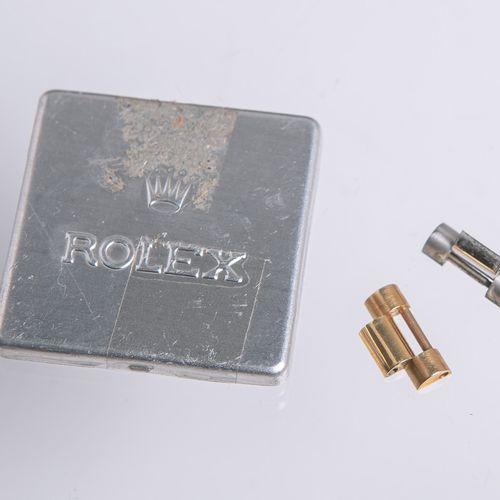 Eslabones de repuesto del reloj Rolex, 1x 750 GG (peso aprox. 2,22 g.) y 1x acer…