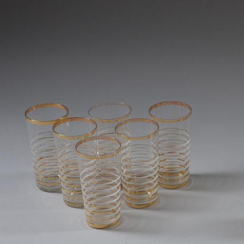 六个橙汁杯,无色玻璃,白色和金色镶边。  20世纪50年代的工作