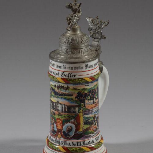 Chope du Réserviste Galler en porcelaine polychrome du Régiment Marka 1908 1910 …