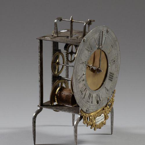Mouvement d'horloge en métal et laiton, cadran circulaire à chiffres romain sign…