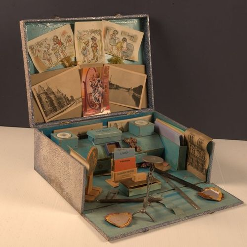 "GERMAINE BOURET Mon Bureau, ""Poste Enfantine"" type game box containing three sma…"