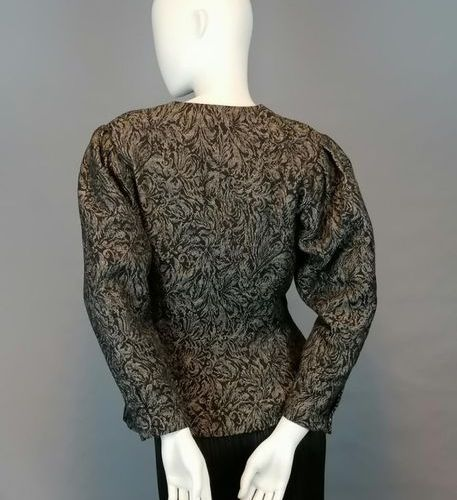G.RECH Jacket Synonymous with G.RECH of the 80's in wool, size 38/40. Very good …