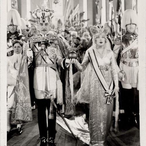 LA VEUVE JOYEUSE THE MERRY WIDOW Mae Murray et John Gilbert, film de Erich von S…