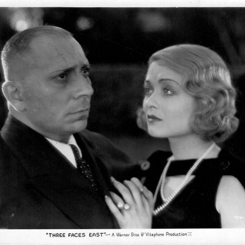 AGENT Z1 THREE FACES EAST Erich von Stroheim et Constance Bennett, film de Roy D…