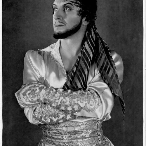 LA MILLE ET DEUXIÈME NUIT Ivan Mosjoukine, film d'Alexandre Volkoff, 1933. Photo…