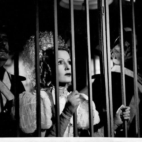 SÉRÉNADE Lilian Harvey, film de Jean Boyer, 1940. Photographie de cinéma. Tirage…