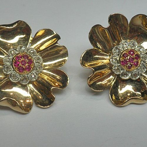 Pair of clip earrings for undrilled ears, 50's flower motif set with rubies and …
