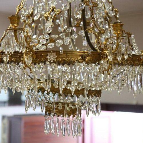 TASSEL BALLOON CHANDELIER  Eight arms of light. Rich ormolu and pampille decorat…
