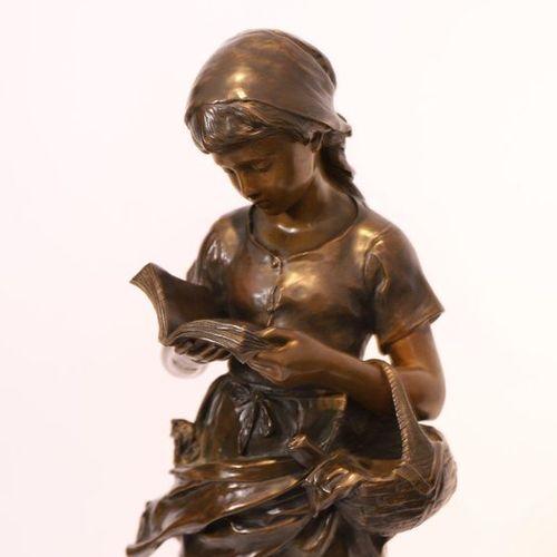 "BRONZE ""JEUNE PAYSANNE A LA LECTURE"" by Mathurin MOREAU (1822 1912)  In patinate…"