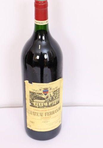 "1 MAGNUM ""CHÂTEAU FERRANDE"" GRAVEL 1992  Neck base level"