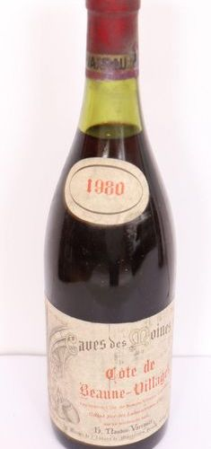 "1 BOX ""COTE DE BEAUNE VILLAGES"" CAVES DES MOINES 1980  Slightly low level."