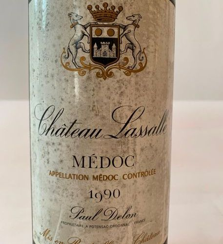MAGNUM CHÂTEAU LASSALLE MEDOC 1990  High shoulder level
