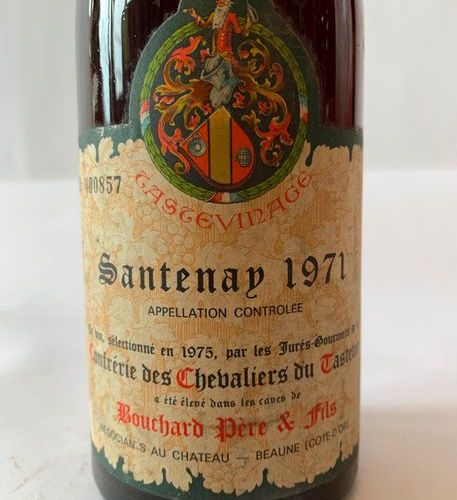 1 BTE SANTENAY 1971  Level: low shoulder