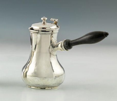 Petite verseuse balustre en argent. Paris 1787 1788 Maître Orfèvre : René Pierre…
