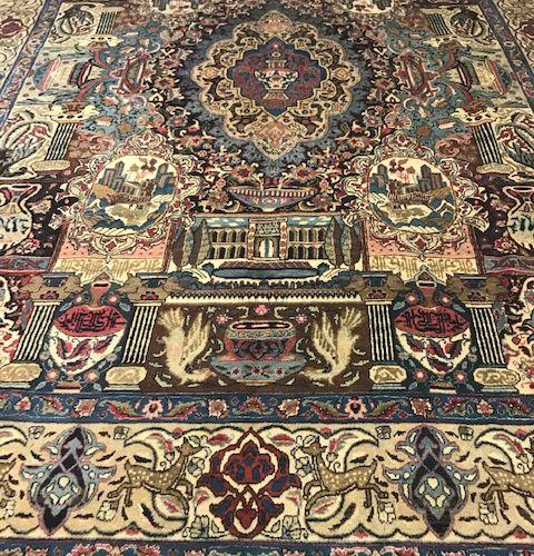 Important et très original Kachmar (Iran) tapis de palais vers 1975/1980. À déco…
