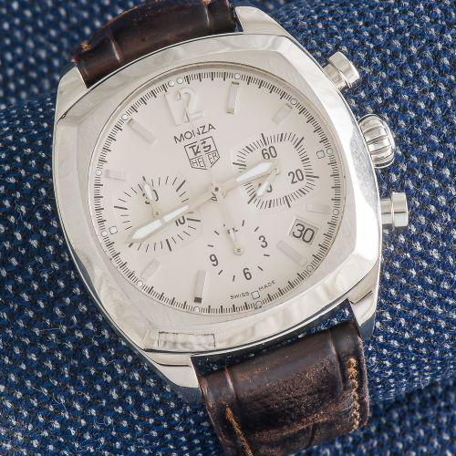 TAG HEUER, 2000 2010 Chronographe Monza référence CR2114 0, boîtier carré arrond…